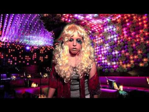 Kate Clapp (Катя Клэп), видео — INTERACTIVE GAME: DRUNK KE$HA vs. KATE